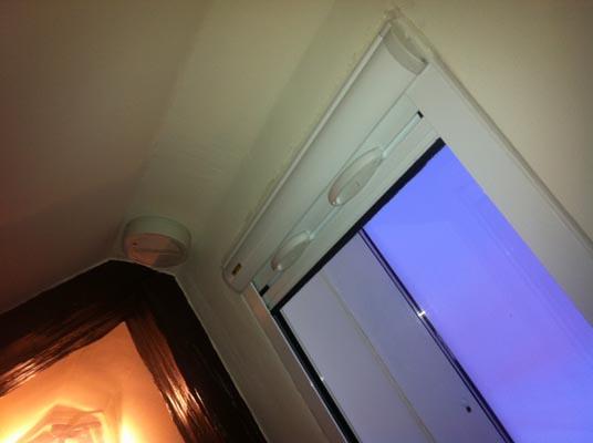 fliegengitter von rollo. Black Bedroom Furniture Sets. Home Design Ideas